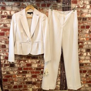 🆕 Nine West Suit White Pin Striped New With Tags